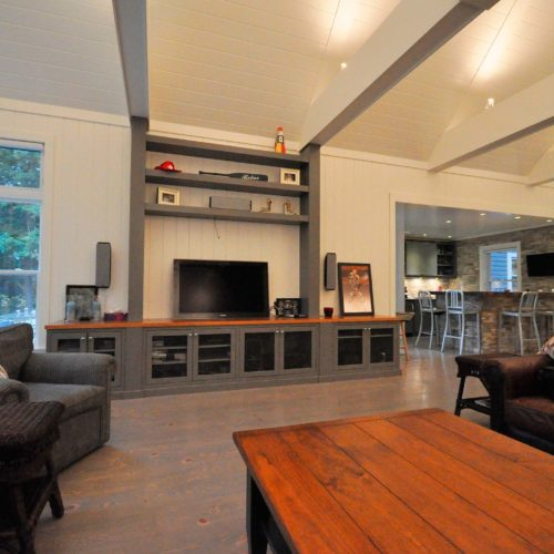 Muskoka-Cottage-Living-Area
