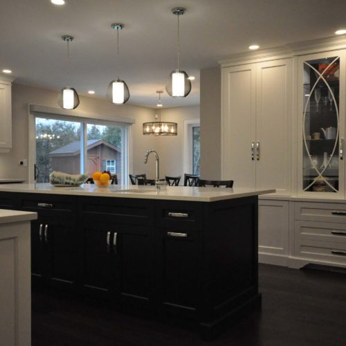 Sonata-Crescent-kitchen-island